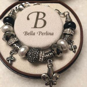 AUTHENTIC Bella Perlina bracelet- fleur de lis